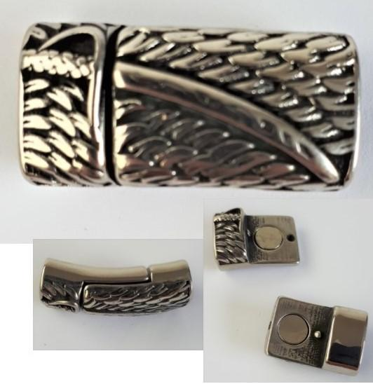 Greek design magnetic clasp