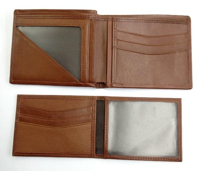 Mens Wallet w card file insert